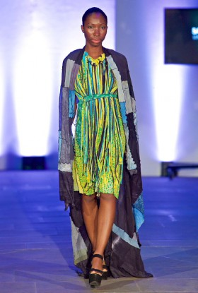 arlechino_fringe_dress_with_blanket_low_res.jpg
