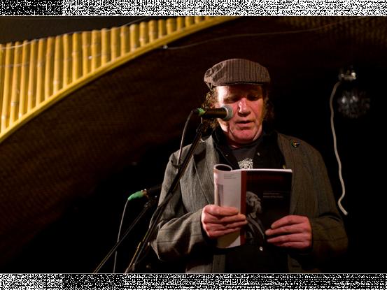 henrydoyle-reading2.png
